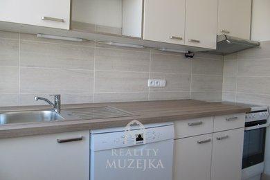 Pronájem zrekonstruovaného bytu 3+1 v Brně- Bohunicích., Ev.č.: 000899