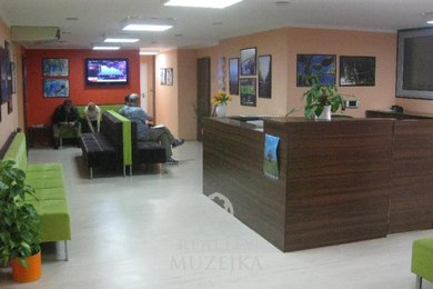 Pronájem, kanceláře, 300m², Ev.č.: OV0013