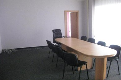 Pronájem, kanceláře, 700m², Ev.č.: OV0014