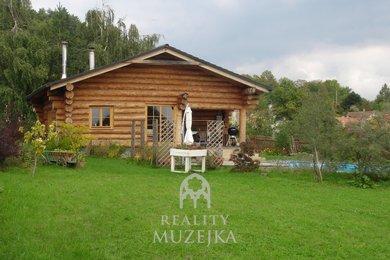 Prodej luxusního srubu s velkým pozemkem na okraji Letovic, Ev.č.: BM0180