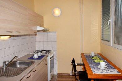 Prodej bytu 3+1 se šatnou a lodžií Brno - Lesná, Ev.č.: 000796