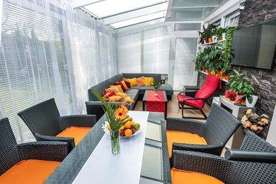 Prodej nadstandardního bytu 3+1 se zahradou 303 m2 a parkovacím stáním, Ev.č.: 000817