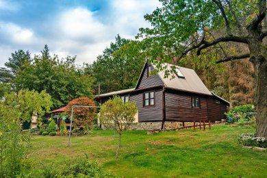 Prodej zrekonstruované chaty se zahradou 719 m2 u Velké Bíteše, Ev.č.: 000828