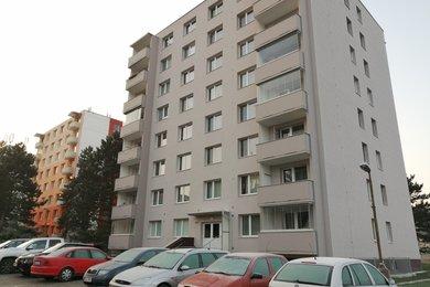 Pronájem bytu 3+1 s balkónem a šatnou Veverská Bítýška, Ev.č.: 000842