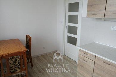 Pronájem nezařízeného 1+1 s balkónem Brno - Židenice, Ev.č.: 000852