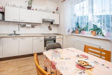 Pronájem cihlového bytu 2+1 s balkónem Tišnov, Ev.č.: 000853