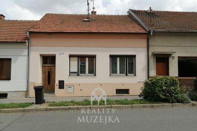 Prodej rodinného domu Šlapanice, Ev.č.: 000874