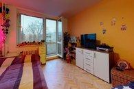 Byt-31-Brno-Komin-Bedroom(2)