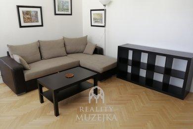 Pronájem zařízeného bytu 4+1 s prosklenou lodžií Brno - Starý Lískovec, Ev.č.: 000897