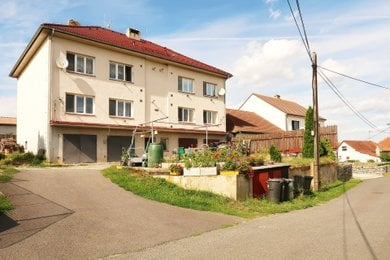 Byt 3+1 - 81,6 m2, cihlový, část. rekonstruovaný, s garáží | Prodej, Sedlec, Náměšť nad Oslavou, Ev.č.: 00241-1