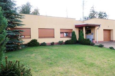 Atypický řadový rodinný dům 4+1 s garáží a zahradou Jihlava - Helenín | PRODEJ, Ev.č.: 00287