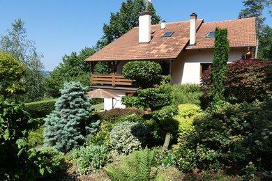 Dům 5+1 a chata 4+1 s velkým pozemkem - Stříbrnické paseky u UH, Ev.č.: 00294