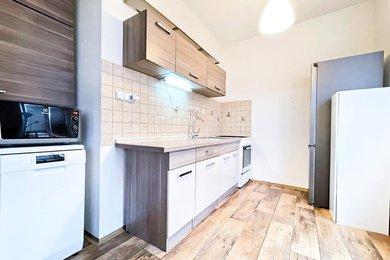 Prodej, Byt 2+1, 54m² - Ostrava - Poruba, ul. Alžírská, Ev.č.: 00127
