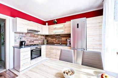 Prodej, Byt 3+1, 65m² - Ostrava - Dubina, ulice Zdeňka Bára, Ev.č.: 00135