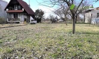 Prodej zahrady s chatou, Lužice u Hodonína