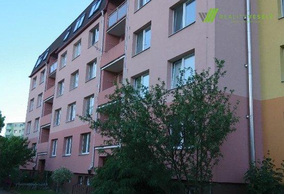 Budova-pohled zadni