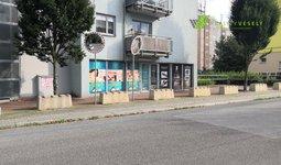 Pronájem - Komerčními prostory s bytem 1+1, Liberec V-Kristiánov