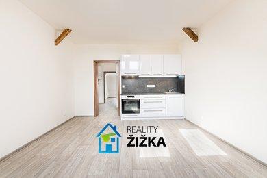 Pronájem bytu 2+kk, 38 m2, Sušilovo náměstí, Rousínov, Ev.č.: 00029