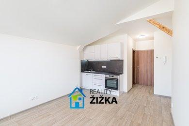 Pronájem bytu 1+kk, 24 m2, Sušilovo náměstí, Rousínov, Ev.č.: 00030