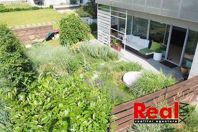 Prodej, byt OV 2+kk, CP 53m² + zahrada + sklep + garážové stání, ul. Majdalenky, Brno - Lesná, komplex Orion