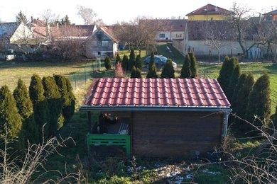 Prodej, stavební pozemek s chatkou, CP 647 m2, obec Damnice, okres Znojmo, Ev.č.: 00102