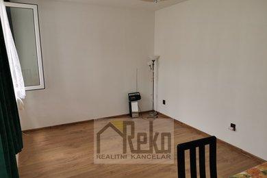 Prodej, Byty 1+kk, 16m² - Žebrák, Ev.č.: 02004