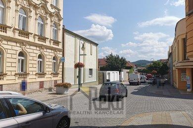 Pronájem, Sklady, 250m² - Beroun, Ev.č.: 02015