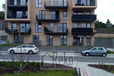 Pronájem, Ostatní nemovitosti, 18m² - Beroun-Město, Ev.č.: 02135