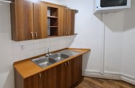 N49076_kuchyňka
