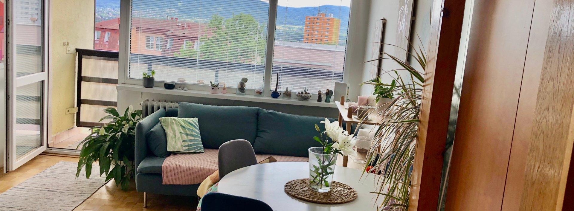 Prodej bytu 2+kk se 2 lodžiemi, 40m² - Liberec - Ruprechtice, Borový vrch, Ev.č.: N49078