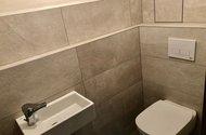 N49082_samostatné WC