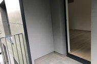 N49083_z balkonu do OP