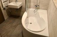 N49083_koupelna s WC