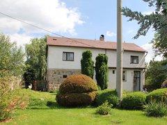 Prodej zajímavého rodinného domu, 234 m²