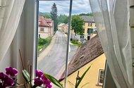 N49090_pohled z okna z OP
