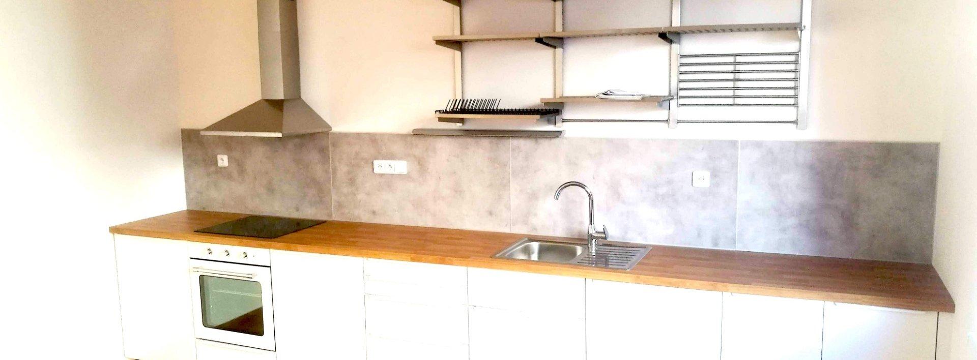 Pronájem zrekonstruovaného bytu 2+1, 70 m² - Jablonec nad Nisou, Saskova ul., Ev.č.: N49121