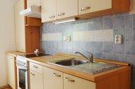 N49144_kuchyně