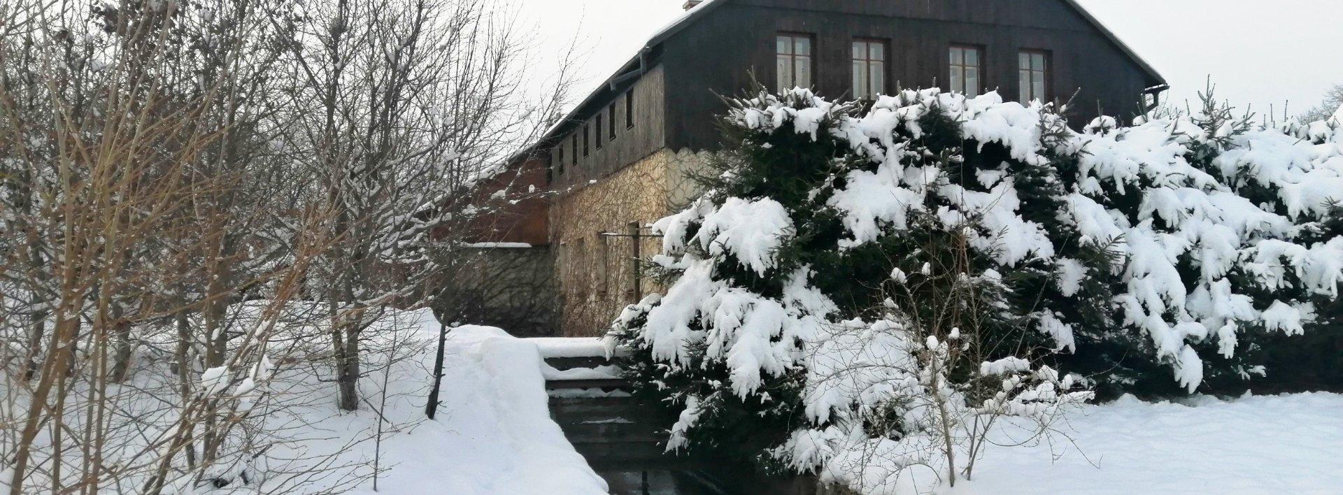 Bývalý mlýn s vodní elektrárnou v obci Hejnice, Ev.č.: N49150