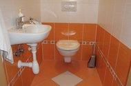 N49165_toaleta