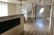 N49168_obývací pokoj_kuchyně