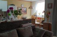 kuchyň z obýváku