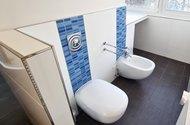N49183_toaleta
