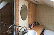 N49185_koupelna sprchový kout