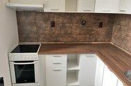 N49202_kuchyně