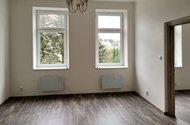 N49202_obývací pokoj_