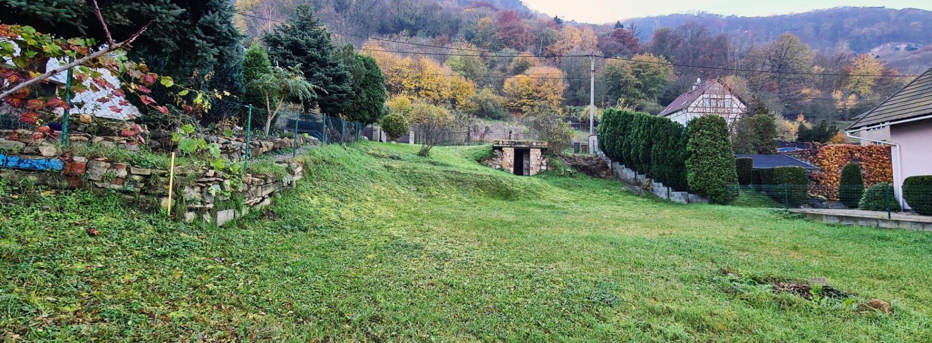 Pozemek s nádherným výhledem na hrad Střekov, Ev.č.: N49206