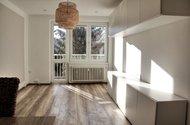 N49256_obývací pokoj