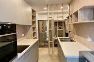 N49285_kuchyň