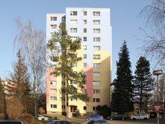 Pronájem zrekonstruovaného bytu 2+kk, 43 m²
