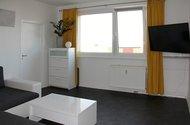 N49329_obývací pokoj_